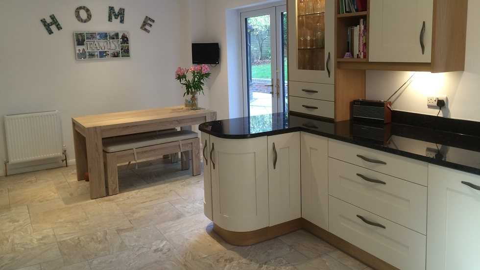 Bespoke Fitted Kitchens In Southampton, Winchester. Bespoke Kitchen Designers. U Shaped Kitchen Design With Island. Square Kitchen Design Pictures. White And Grey Kitchen Designs