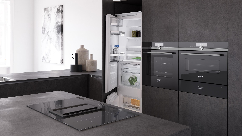 2720x1530_16-9_118193_-BSH_Siemens_kitchen_-stills_scene_04_angle2_variant