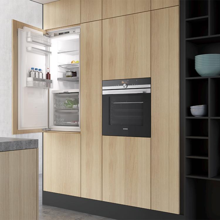 750x750_4-4_118193_-BSH_Siemens_kitchen_-stills_scene_08_refrigerator