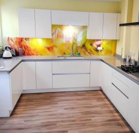 Handless white kitchen Southampton
