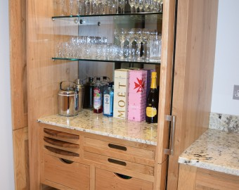 Bespoke drinks cupboard in contemporary kitchen, Hedge End, Southampton