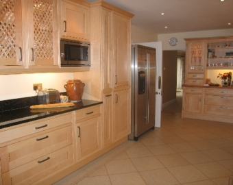 Traditional Kitchen in Southampton, Hampshire